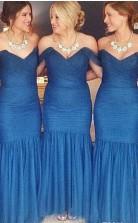 Blaue Gerüschte Meerjungfrau-brautjungfernkleider Schulterfrei Trauzeugin Kleider BEQ28862