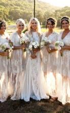 Elegante, Angeschnittene Ärmel Durchsichtige Spitze Mit V-ausschnitt Lange Brautjungfernkleider BEQ33922
