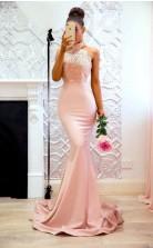 Elegante Rosa Meerjungfrau Brautjungfernkleider Hochgeschlossene Formelle Kleider Aus Spitze BEQ77272