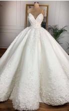 Luxus Spitze 3d Blumen Spaghetti Ballkleid Dubai Hochzeitskleid GBWD026