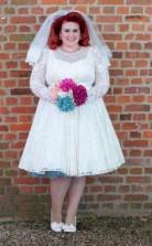 50er Jahre Stil Plus Größe Spitze Kurzes Langarm Brautkleid ältere Braut GBWD061