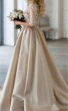 Satin V-ausschnitt Champagner Brautkleid Mit Halben Ärmeln Spitze Top GBWD079