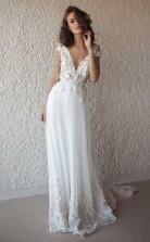 Weißes V-ausschnitt Boho Fließend 3d Spitze Applikationen Sommer Strand Hochzeitskleid GBWD092