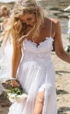 Einfache Spaghettibänder Spitze Seitenschlitz Brautkleider Für Strandhochzeit GBWD096
