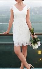 Spitze Einfache Knielange V-ausschnitt Flügelärmel Kurz Lässig Brautkleid GBWD102