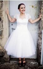 Plus Size 50s Style Teelänge Brautkleid Mit Spitzenjacke Mit Kurzen ärmeln Für 40 50 60 Jahre GBWD119