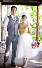 Elegantes Halbes Ärmel V-ausschnitt Land Gold Pailletten Kurzes Brautkleid Für ältere Bräute GBWD130