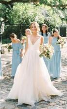 Rustikale Landhausgurte Mit V-ausschnitt Hochzeitskleid Im Freien Hochzeit GBWD134