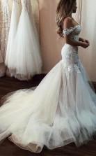 Luxus Atemberaubende Spitze Meerjungfrau Sexy Schulterfrei Hochzeitskleid Kurvige Bräute GBWD173