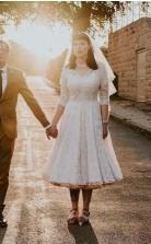 Vintage 1960er Jahre Halbärmelige Spitze V-ausschnitt Tee Länge Land Hochzeitskleid GBWD189