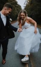 Einfaches Lässiges Halfter 2 Stück Langes Hochzeitskleid Land Im Freien GBWD195