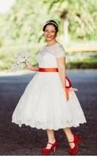 Übergröße Kurzarm Tee Länge Spitze Land 1950er Jahre Brautkleid Voller Figur GBWD219