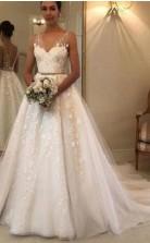 Eine Linie V-ausschnitt Spitze Tüll Hochzeitskleid Zierliche Bräute GBWD221