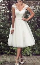 A-linie V-ausschnitt Tee Länge Spitze Tüll Vintage Perlen Brautkleid GBWD230