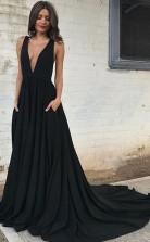Schwarzes Chiffon-a-linien-sexkleid Mit V-ausschnitt (GJT3764)
