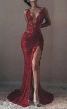 Meerjungfrau V-ausschnitt Zug Spitze Tüll Kleid JTC16953