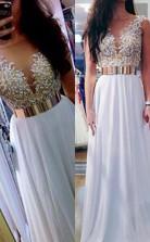 A-linie V-ausschnitt Bodenlang Mit Perlen Chiffon Kleid JTC9933