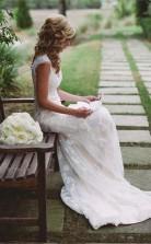 Elegantes Brautkleid Mit Spitzenapplikationen Und Reißverschlussknopf Twa0482