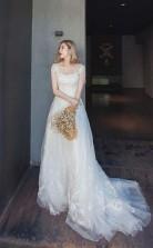 Brautkleid Aus Tüll Mit Langen Ärmeln Und Spitzenapplikation Twa1662
