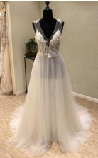 Günstiges Brautkleid Mit V-ausschnitt Und Offenem Rücken Aus Tüll Elfenbeinfarben Twa1972