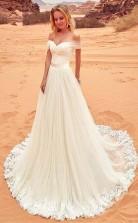 Brautkleid Aus Tüll Mit Schulterfreiem Ausschnitt Und Spitzenapplikationen Twa2012