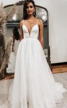 A-linie Tüll Weißes Brautkleid Mit Tiefem Ausschnitt Und Offenem Rücken Twa3482