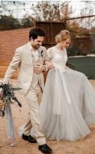 Kurzärmliges Silbernes Hochzeitskleid Aus Spitze Und Tüll Mit Schärpe Twa3862