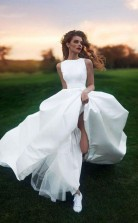 Brautkleid U-ausschnitt A-linie Lange Schleppe Einfaches Satin Brautkleid Twa4492