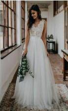 Top Spitze Einfaches Tüll Strand Brautkleid Brautkleid Mit V-rücken Twa4522