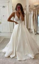 A-linie V-ausschnitt Elfenbein Satin Einfaches Brautkleid Rückenfreies Brautkleid Twa4702