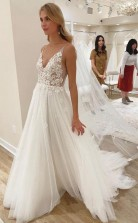 Elfenbeinfarbenes Brautkleid Mit V-ausschnitt Und Ungefüttertem Mieder Twa4762
