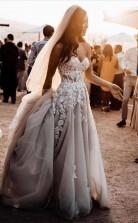 Romantisches Schatz Hochzeitskleid Bohemio Brautkleider Mit 3d Spitze Twa4972