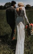 Spitze Langarm Rückenfreie Boho Brautkleider Rustikales Hochzeitskleid Twa5152