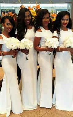 Weiße Meerjungfrau Brautjungfernkleider Einfache Flügelärmel Hochzeitsfestkleid BED00312