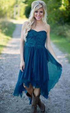 Sommer Asymmetrisches Kurzes Brautjungfernkleid Land Chiffon Trauzeugin Kleid BED05252