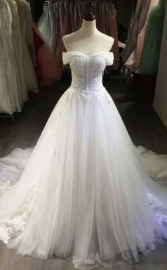 Sexy Schulterfreies Brautkleid Aus Weißem Tüll Mit Applikationen Twa2032